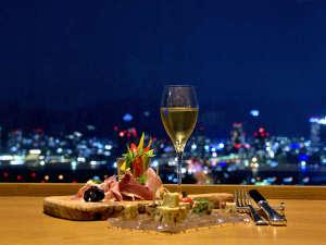 地上約100mの海の上、そこは神戸の夜景特等席。