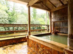 しんのこの湯◆~大浴場内の露天風呂~24時間入浴OK。男女入れ替え制となっています。