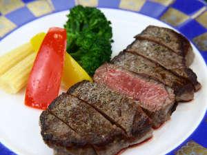 鳳来牛ステーキ◆やわらかい身と肉本来のうまさが特徴!
