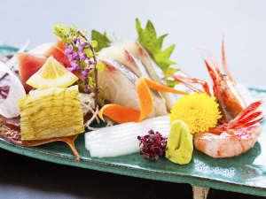 富山市内随一の絶景 さくら咲く 元湯 富山観光ホテル image