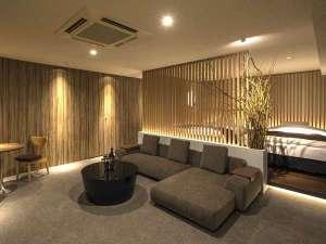 813号室『月見』/和の心が感じられる上質を極めたスイートルーム。
