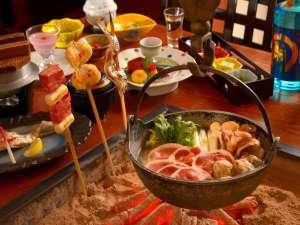 ■囲炉裏会席「初太郎物語」冬は鍋を囲んでご夕食!※一例