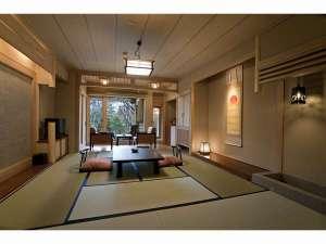 和室タイプの露天風呂付客室の一例です。