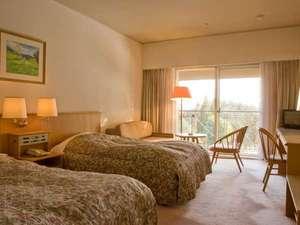 【ホテル】洋室ツインルーム。