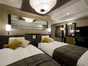 27階デラックスツインルーム(広さ22㎡/ベッド幅122cm×2台)