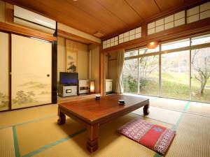 昔ながらの旅館スタイル-和室