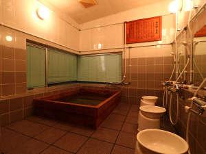 【貸切風呂】時間制限の貸切風呂♪ヒノキの香りが漂う空間に癒しのひと時・・・