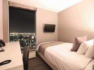 スーペリアルーム16㎡ ダブルベッド(140㎝)×1台 20階~23階