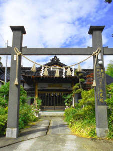 ・羽黒山の玄関「隋神門」まで徒歩約7分の宿坊
