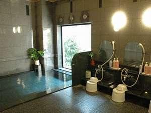 1Fには大浴場を完備!!PM15:00~AM2:00 AM5:00~AM10:00まで営業しております。