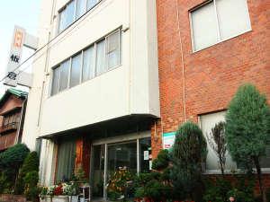 【外観】JR福島駅東口・繁華街より徒歩3分の好立地