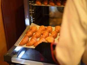 パン工房オープン!毎日数回焼きたてのパンをご提供しております!