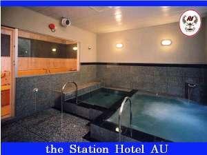 男子温泉大浴場(サウナ付):定員5~6名でご協力下さい。※サウナは朝は利用出来ません。