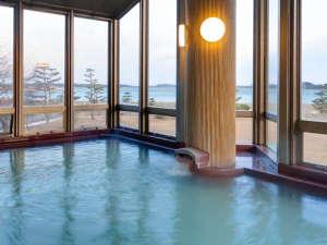 松島の眺望を楽しめる絶景風呂