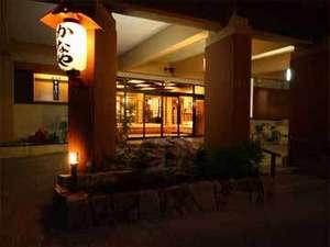 離れと貸切風呂が人気の美食宿 金沢・湯涌温泉かなや