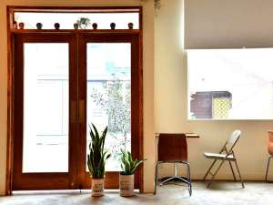 almond hostel & cafe image