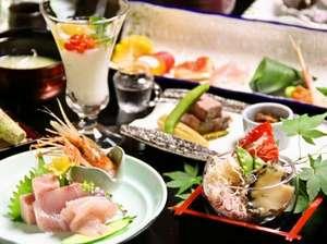 【涼華(りょうか)】風の薫のお料理は季節の旬な素材を活かした会席料理。