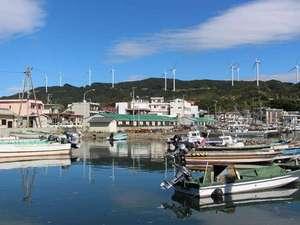 宿前の漁港