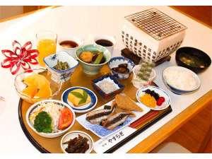 ●朝食(和定食)※季節により内容が変わります。