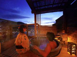 ■貸切露天風呂「TSUBAKI」■開放感あふれる気兼ねない湯の贅を二人占め