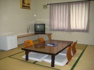 家族、グループなどにお勧めの8畳の和室