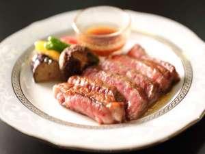 【別注】旨みがたっぷり牛ステーキに舌鼓