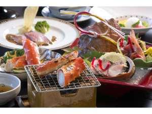 【三陸産鮑のお造り&たらば蟹炭火焼】特別会席料理
