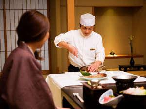 【料理実演付プラン】料理人がお邪魔して、目の前でぴちぴちの伊勢海老、鯛を豪快に捌きます