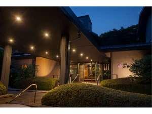 大正12年創業 格式とモダンの融和した日本旅館