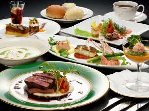洋食フルコース(一例)