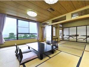太平洋を一望できる広々タイプの部屋もご用意可。