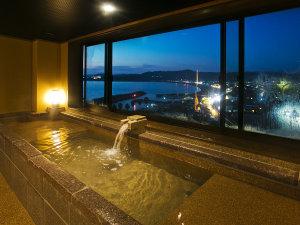 2013年12月にNEW OPEN!■展望風呂(男湯)■眼下に広がる景色をご堪能ください♪