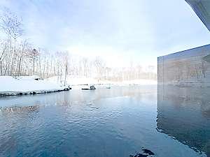 ■美しく雪化粧された景色を眺めながら、心やすまるひとときを。