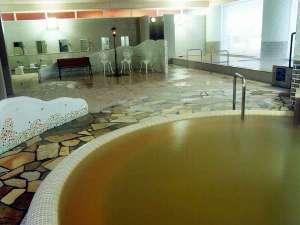 【洋風大浴場】グエル公園(スペイン)にある建物をイメージした浴場です。