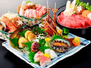 山と海の幸をふんだんに使用した山海館オリジナル料理コースをお楽しみ下さい