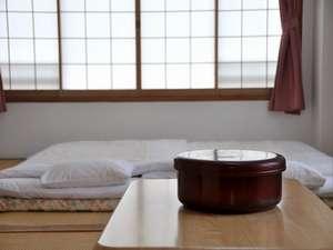 和室の一例。落ち着いたひと時をお過ごし下さい。
