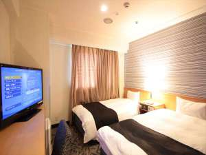 ツインルーム(広さ15㎡/ベッド幅110cm×2台)