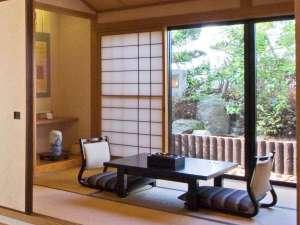 ◆【特別室】ツインベッドと和室6畳で唯一松山城が眺望!檜風呂・ウォッシャートイレ付