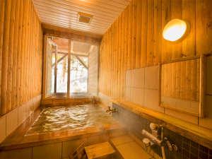 ≪2種の貸切風呂≫もちろん源泉かけ流し♪≪大浴場≫はご滞在中いつでも利用できるのも嬉しいポイント☆