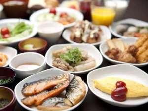 和洋50種類以上からお選びいただける朝食バイキング♪