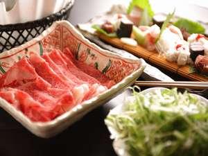 近江牛のしゃぶしゃぶ付会席夏は、鮎の塩焼きや鱧なども出しています。