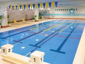<SwimmingPool スイミングプール>20m×4コースの広々設計のインドアプール