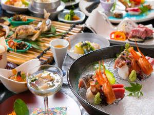 """山海の幸を使った四季折々の会席料理は、料理長の技が光るこだわりの""""真髄""""―"""