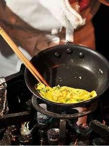 朝食バイキング!料理人が目の前で作る大人気メニューの「オムレツ」