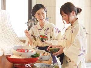 【朝食ビュッフェ】 人気のよくばり丼