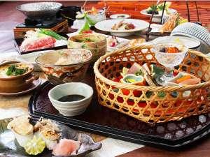 秋の彩り『特選懐石料理』
