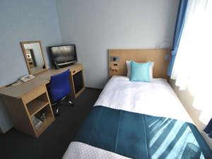 全室インターネット・VOD・シャワートイレ・心地よい眠りを提供するシモンズ社のベッドを完備