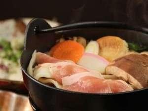もちもち触感がたまらない♪上州名物おっきりこみ鍋を召し上がれ!