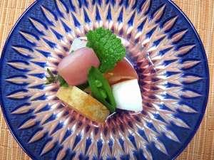 吉野桜の特製酢の物