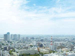 目前に広がる関東平野の向こうには、富士山、秩父連山、浅間山などをお楽しみいただけます。